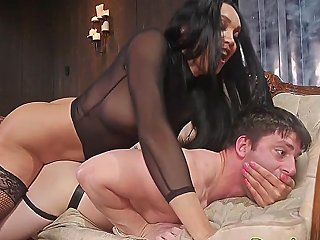 Dominant Ts Bangs Stud Before Getting A Bj