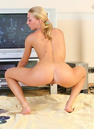 Sweet Asya Solo Pictures