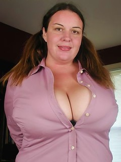 Plumper Angelica BBW with great big tits