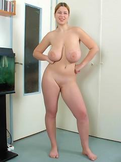 Busty Fat Blondie