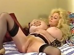 Busty Leanna lusts for a black cock Tubepornclassic com