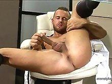 Muscle gay hunk solo masturbation movies