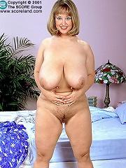 free boobs gallery Busty British brunet kelley...