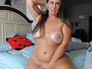Curvaceous Cougar Housewife With Pink Tight Twat And Huge Tits