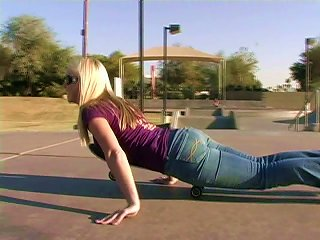 Affectionate Blonde In Jeans Skating Lovely In Reality Shoot Outdoor