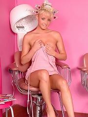 Dream Kelly beauty parlor babe