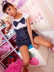 Cute schoolgirl strips and plays with the sybian